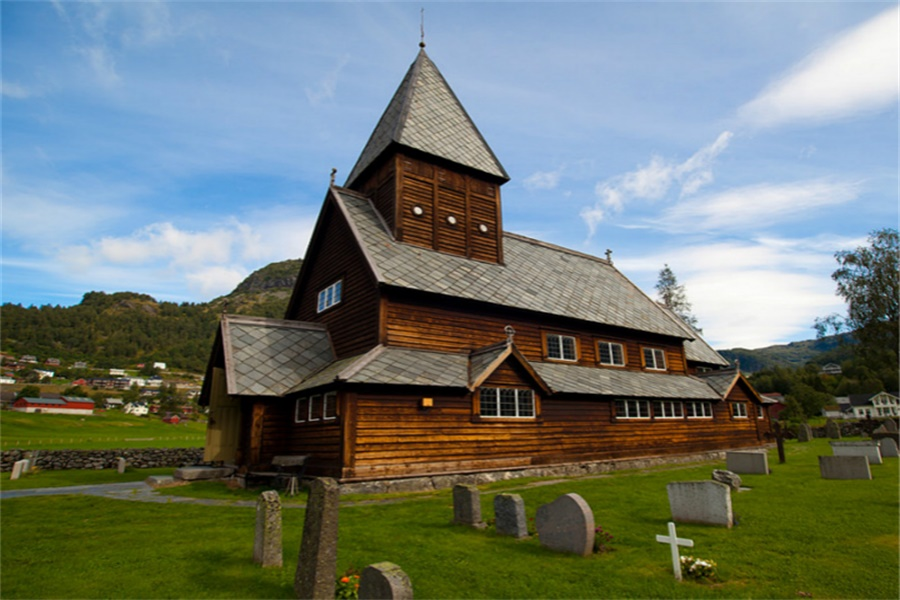 诺德奥木教堂 Røldal Stave Church
